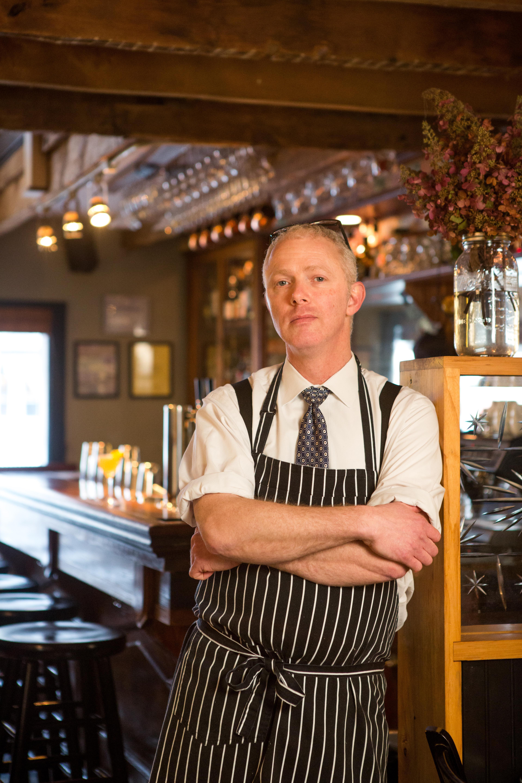 on location lifestyle portraiture hudson valley by caylena cahill restaurant bartender